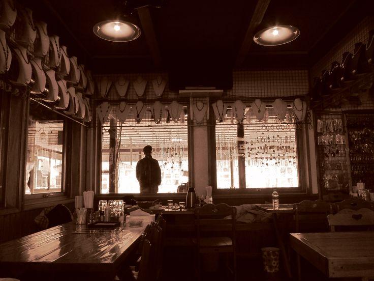 old cafe at Noribetsu station