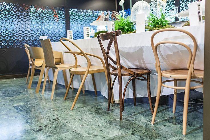 Krzesła TON na wystawie w Mediolanie