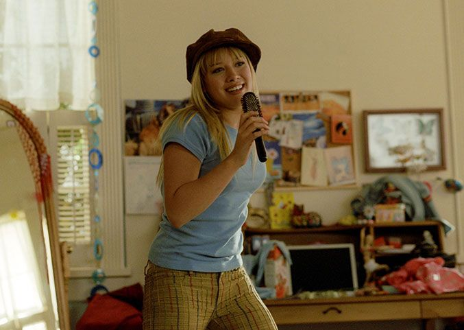 7 Times Lizzie McGuire Was Wearing Something You're Wearing Right Now