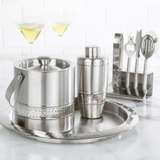 Entertain like a pro and serve your favourite cocktails with the modern and stylish Manhattan Complete Bar Kit. Featuring stainless steel construction with a textured accent, this set looks great on your buffet, sideboard or bar.
