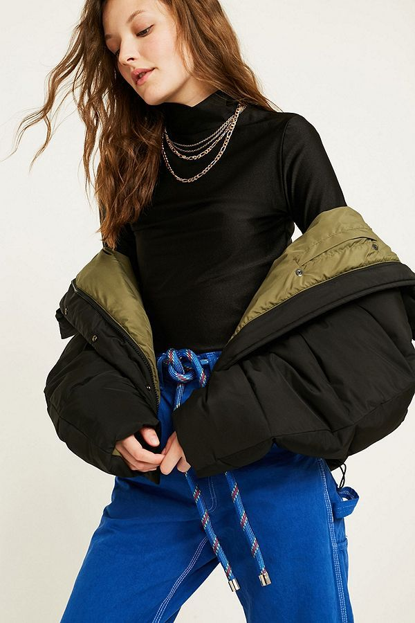 a33bebd78a4e UO Black Contrast Lined Pillow Puffer Jacket in 2019