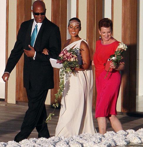 Alicia Keys Mom And Dad | Photos: Swizz Beatz and Alicia Keys' Wedding in Italy