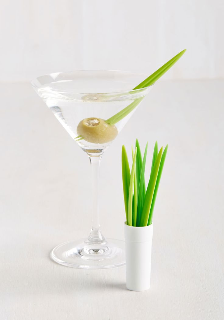 Your Entertaining Skills Are Well Learned, But With These Green Cocktail  Picks, Your Hosting Prowess Appears To Come As Second Nature! Nice Ideas