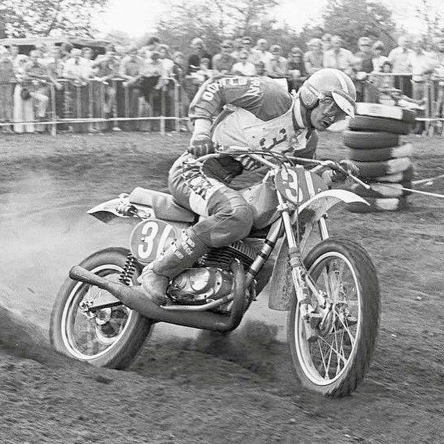 JimPomeroy & Bultaco (1976) 🏁 #motocross #racing #moto #motolovers #instamoto #oldschool #motorbike #motorcycle #museum #museumoto #Barcelona #Bassella #JimPomeroy #Bultaco