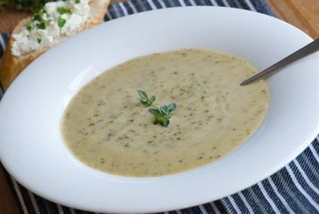 Крем-суп из цветной капусты с сыром «Стилтон»