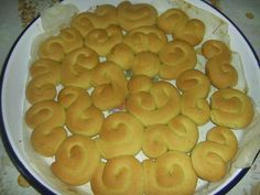Her Giritli evinin demirbaşı, portakallı kurabiye... İçinde yumurta olmadığı için çok uzun süre dayanır bu lezzetli kurabiyeler.