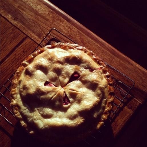 strawberry rhubarb pie: Strawberries Rhubarb, Beatty Berries, Homemade Pies, Sweet Edition, Strawberries Pick, France Beatty, Homemade Strawberries, Berries Pies, Rhubarb Pies