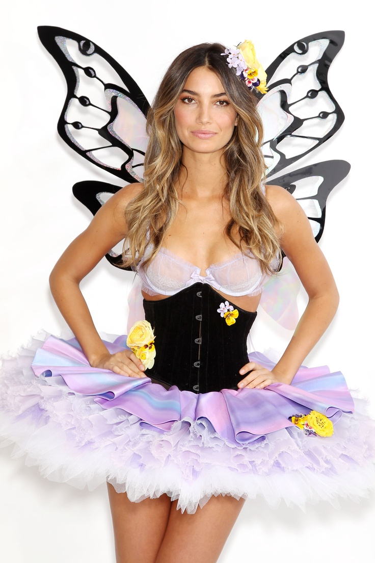 Final Fittings for the 2011 Victoria's Secret Fashion Show ...