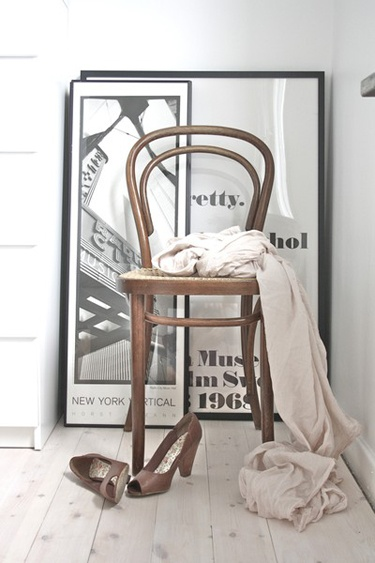 The Home Of Bambou: Dinning Nook : Back To The Start And Thonet Chairs