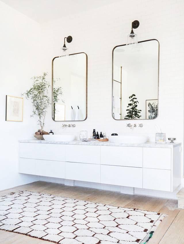 chic bathroom design.