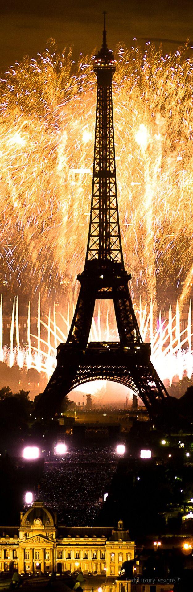 Eiffel Tower bastille day - LadyLuxuryDesigns