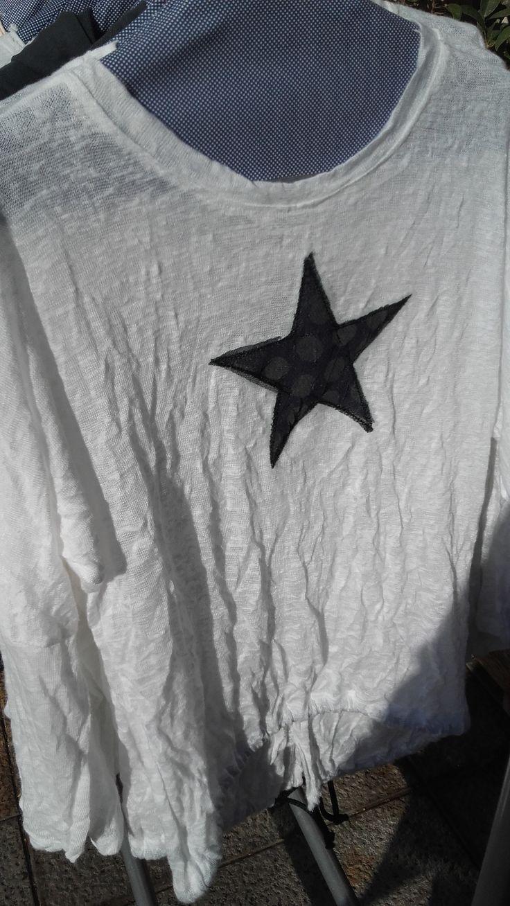 Jersei amb motius variats #ropa #moda #fashion #jersey #estrella ##hechoamano #handmade #original #espaiartesans #vilassardemar