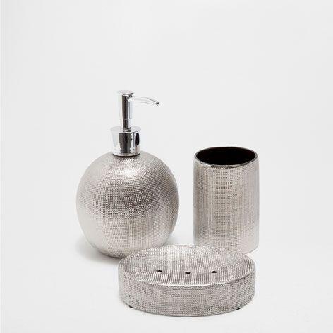 M s de 25 ideas incre bles sobre accesorios ba o en for Juego de accesorios para bano de ceramica