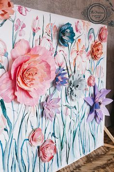 DIY: paper flower backdrop. Would look great in a spring themed craft fair booth.