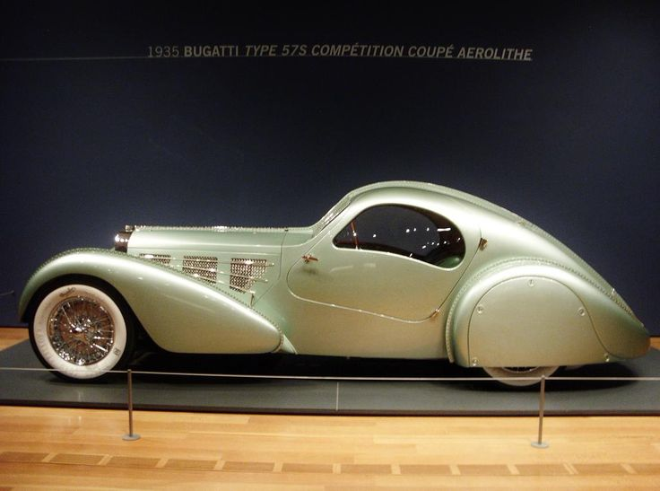 """A 1935 Bugatti Type 57S Competition Coupe Aerolithe is touring with the """"Dream Cars"""" show"""