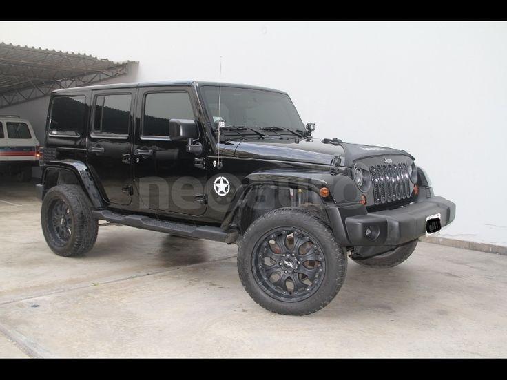 jeep-wrangler-unlimited-sahara-2011-1-1080431