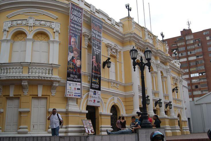 """Teatro Municipal de Cali - Cali - Colombia  Fue erigido en 1920 como homenaje en honor a la obra """"La María"""", del escritor Jorge Isaacs. http://www.colombia.com/turismo/sitios-turisticos/cali/atractivos-turisticos/sdi212/51446/monumento-y-teatro-jorge-isaacs"""