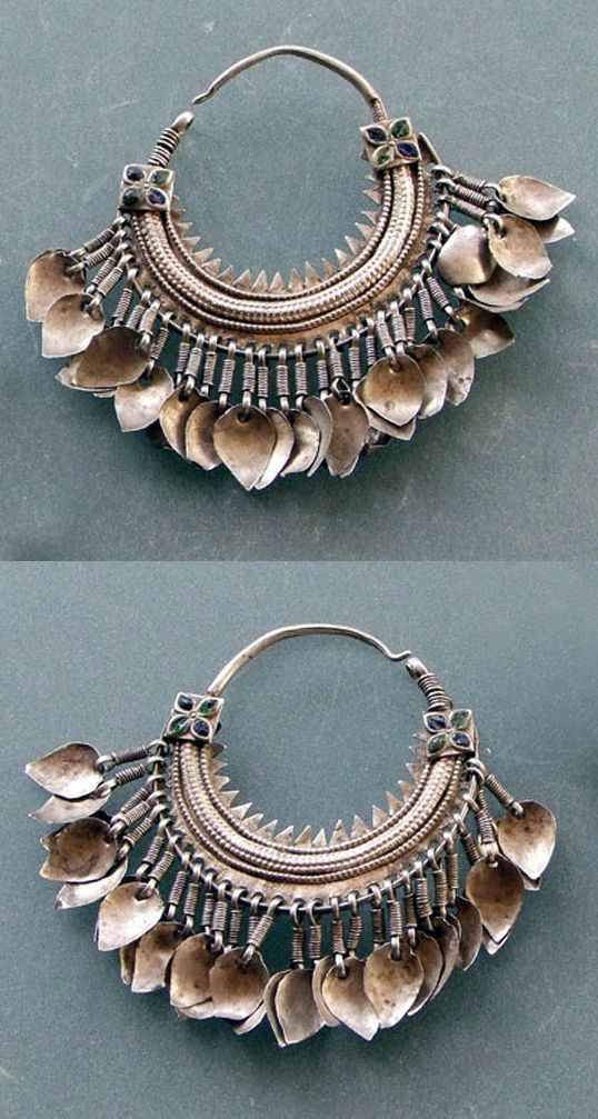 North India   Pair of silver 'bali' earrings from Himachal Pradesh. Silver and enamel.