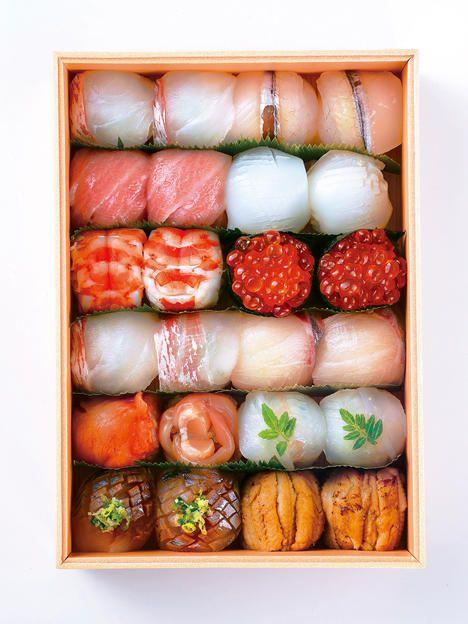 """てまり寿司""""Temari-Zushi""""small Sushi as ping pong ball.Good for """"to go"""""""