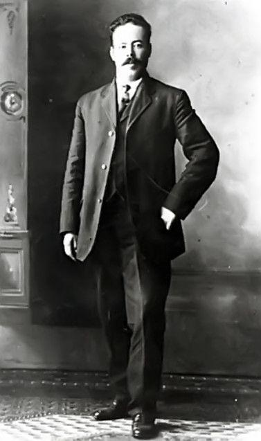 General Francisco Villa gobernador de Chihuahua 1913