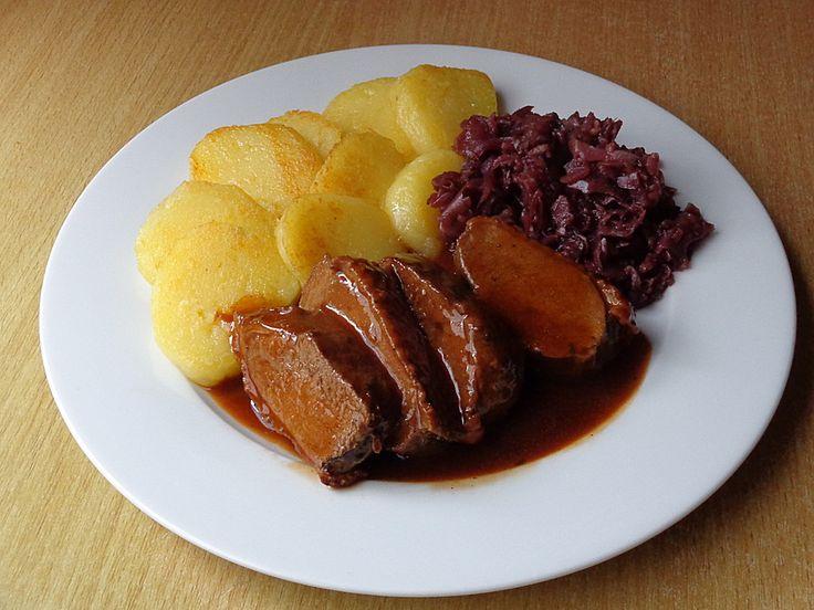 Rotweinsoße, ein raffiniertes Rezept aus der Kategorie Wildgeflügel. Bewertungen: 108. Durchschnitt: Ø 4,7.