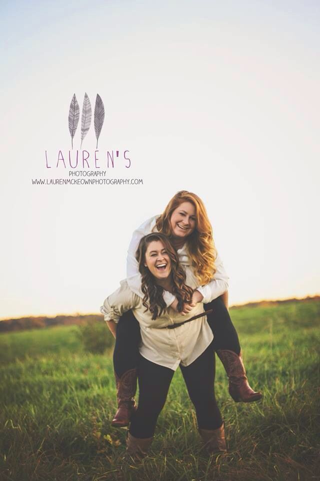Sister photography poses  Photography poses  Best friend photography  Www.laurenmckeownphotography.com