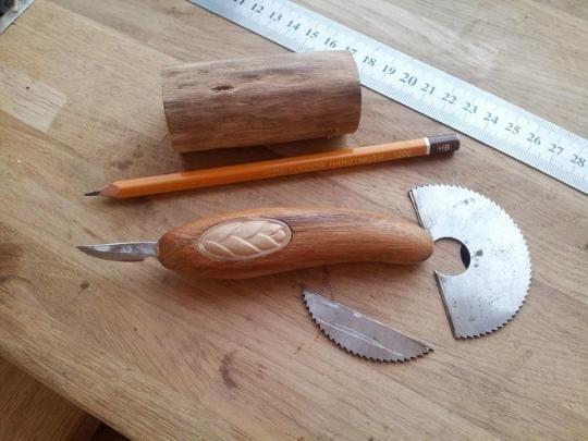 Делаем мини-универсальный нож | Резьба по дереву, кости и камню