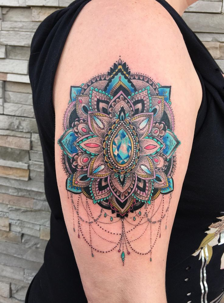 mandala done by laurianne at obsidian rose tattoo in. Black Bedroom Furniture Sets. Home Design Ideas