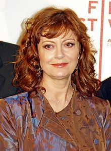Susan Sarandon (actress) Grew up in Edison, N.J. Born 10/4/46 in Jackson Heights, Queens, New York