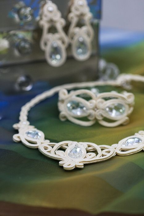 Swarovski crystals in cream satin set, £85.00
