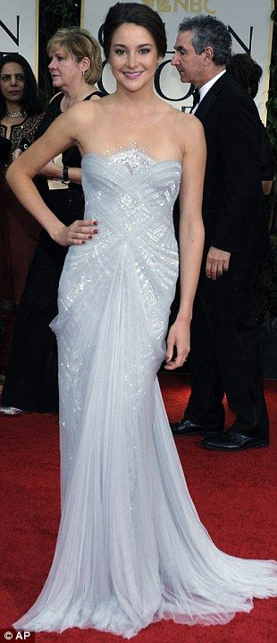Beautiful - LOVE the sparkles under floaty top layer (Golden Globes 2012)