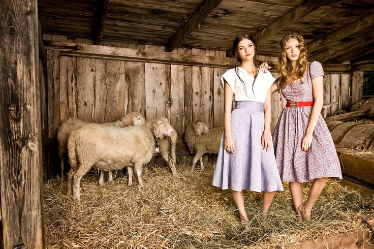 Traditional inspired sweet styles by Julia Trentini Dirndl FS 2017