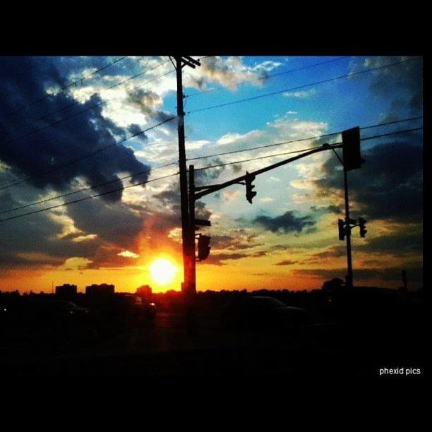 Ottawa sunset at Baseline.