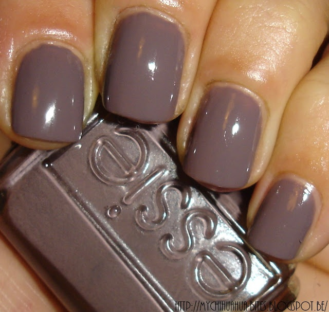 """My Chihuahua Bites!: Essie - """"Merino Cool"""" Love love love the color. I hope I can find it in shellac."""
