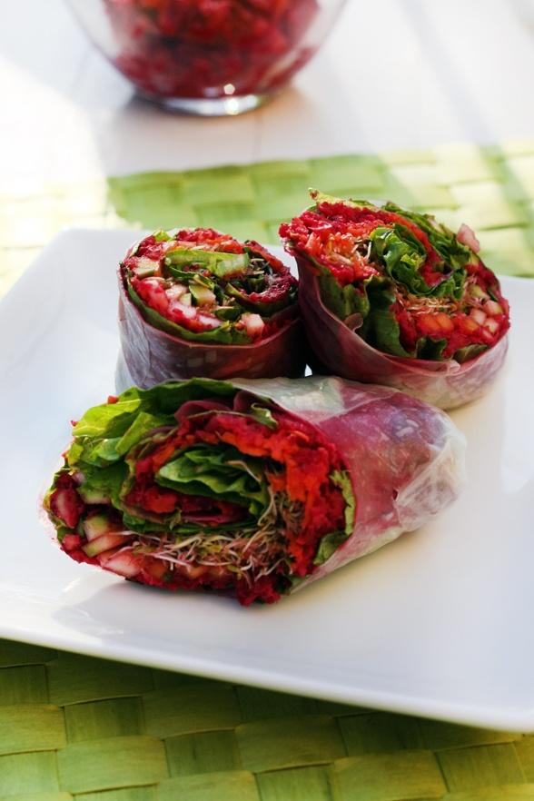 Rouleau de printemps à la betterave et petits légumes