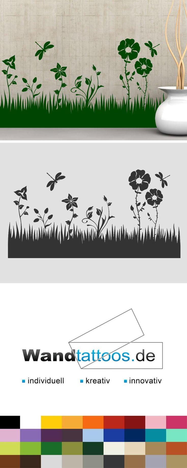 Wandtattoo Blumen Wiese mit Libellen als Idee zur individuellen Wandgestaltung. Einfach Lieblingsfarbe und Größe auswählen. Weitere kreative Anregungen von Wandtattoos.de hier entdecken!