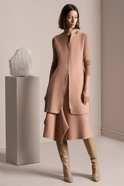 See the complete TSE Pre-Fall 2017 collection.