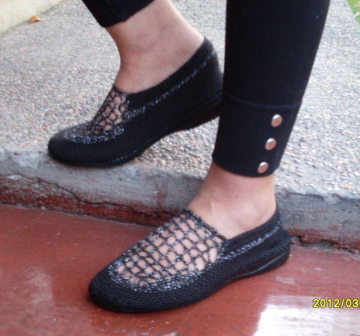 Zapatos modelo Mafalda, color negro nro. 36 $9.000.-
