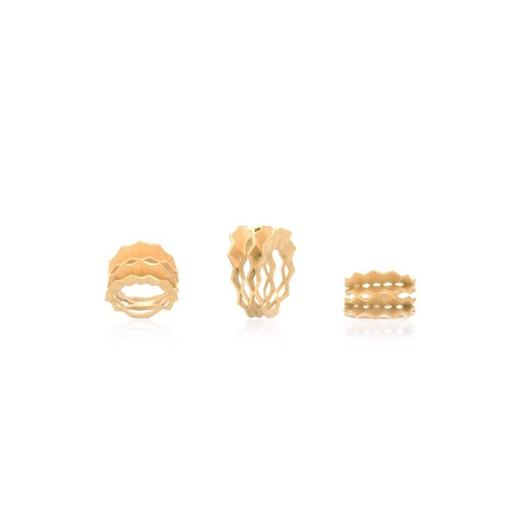 Picture of Pleat Ring of golden silver designed by Romeu Bettencourt