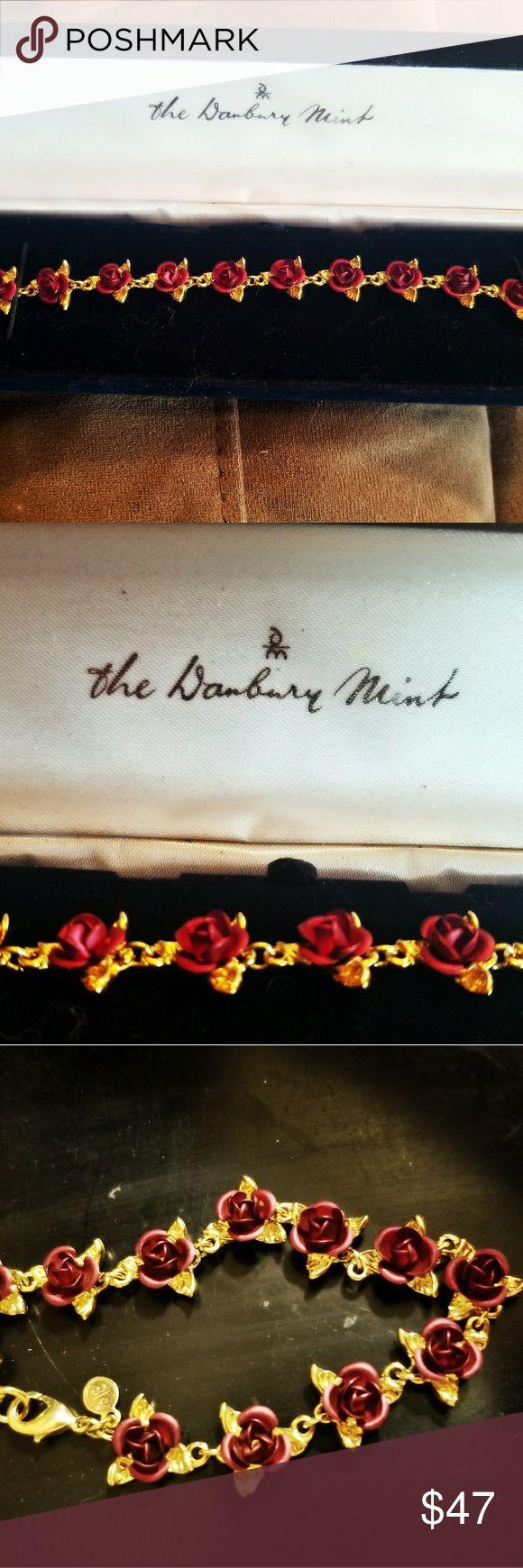 Danbury Mint bracelet 14k gold This is the dozen roses bracelet by Danbury Mint. 14k gold. Perfect condition. Intricately designed roses. Brand new. danbury mint Jewelry Bracelets