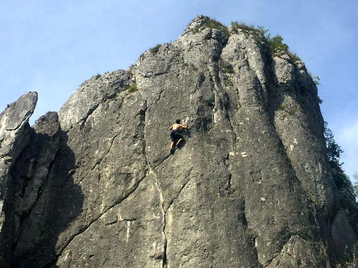 Dolina Bolechowicka – majestatyczny tercet skałkowy i nie tylko