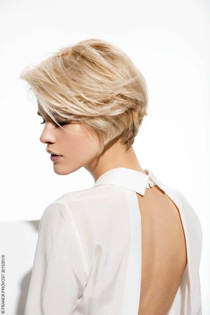 Christina, blonde mystérieuse Un blond polaire qui éclaire comme le feu sous la glace…   La Nuance Exclusive Franck Provost par L'Oréal Professionnel est polaire.  Sublimé par un Balayage 2 Ors et par un service Diamond, ce blond unique et exceptionnel, à dominante froide, accroche la lumière. #merci #anniversaire #couleursprecieuses #40ansdepassion #passion #franckprovost #franckprovostparis #hair #cheveux #coiffure #femme #women #sublimeforever