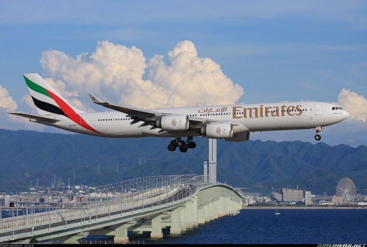 Emirates Airbus A340-541 A6-ERH on final approach to Osaka-Kansai, August 2008. (Photo: Jjss)