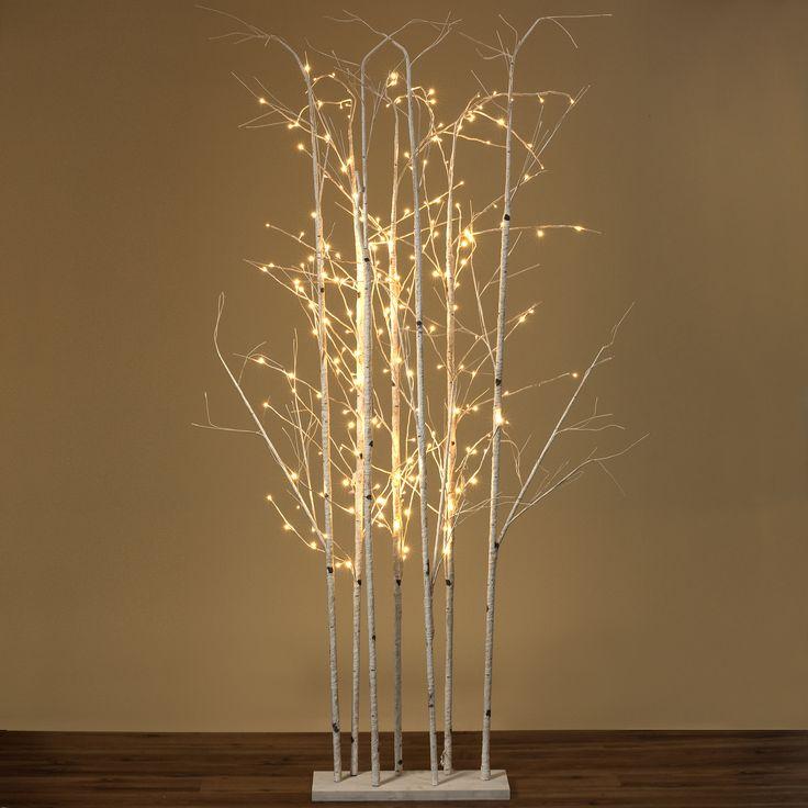 #christmastree #plastic #plastictree #led #LED #ledstripes #light #fakesnow #christmas #xmas #christmastree #snow #christmasaccessories #advent #december #cold #interiordesign #Wohnaccessoires #winter #nature #decoration #NaturalWinter