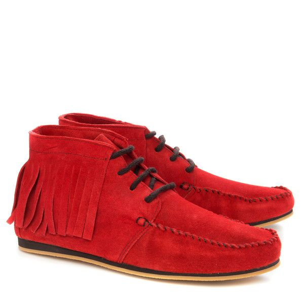 The Karin Fringed moccasin in soft bloodorange red calf leather suede. Vegetable tanned leather lining and chlorine free EVA sole with outer sole layer in rubber.