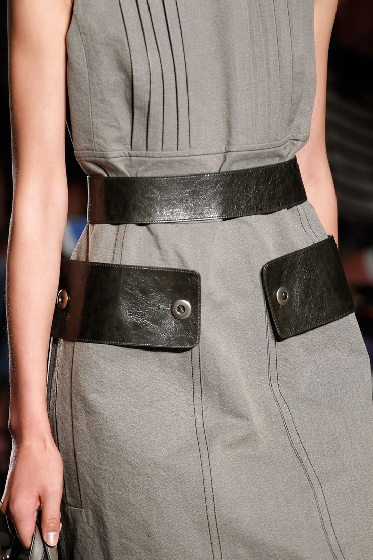 Dress with contrasting black leather trim; fashion details // Bottega Veneta Spring 2017