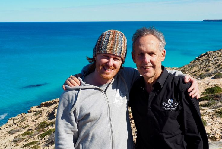 Peter, whale and Bob Brown at the Head of the Bight