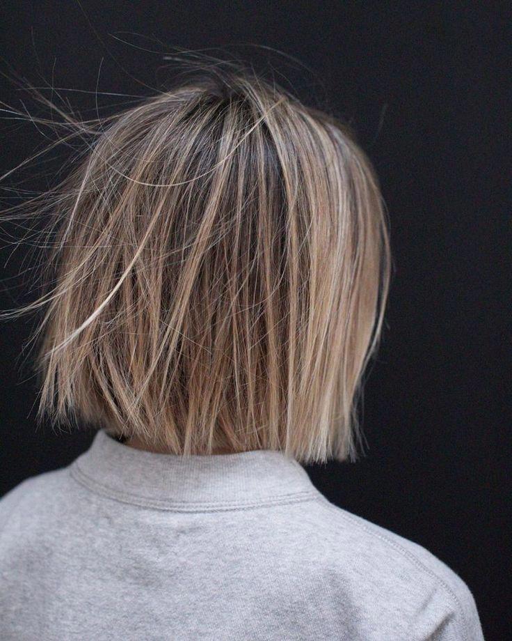 10 Casual Medium Bob Hair Cuts - Female Bob Hairstyles 2019 - 2020 #shortbobhairstylesideas