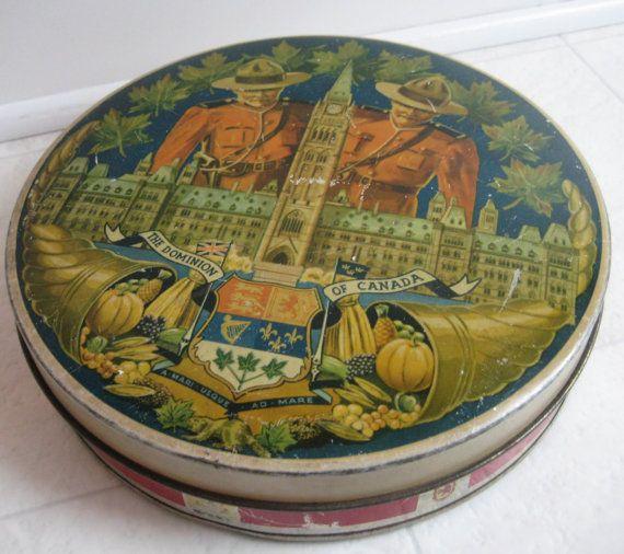 antique cake tin box Harrison Brothers Pom par misspeggylee sur Etsy