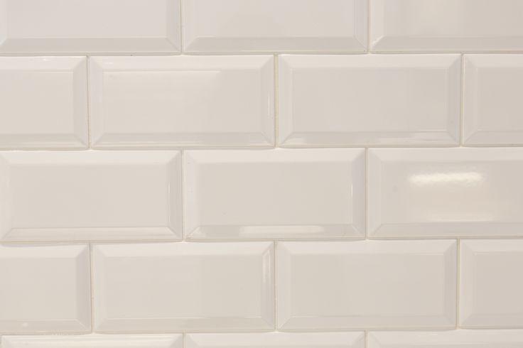#Viverto #inspiracjeViverto #łazienka #bathroom #tiles #płytki #kolory #inspiracja #inspiracje #pomysł #idea #perfect #beautiful #nice #cool #wnętrze #design #wnętrza #wystrójwnętrz #łazienki #pięknie #ściana #wall #light #white #biel #mozaika #niebanalnie #kolory #kolorowo #mozaika #trendy #modnie #retro #cegiełki #cegły